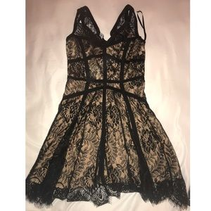 Bebe lace formal dress